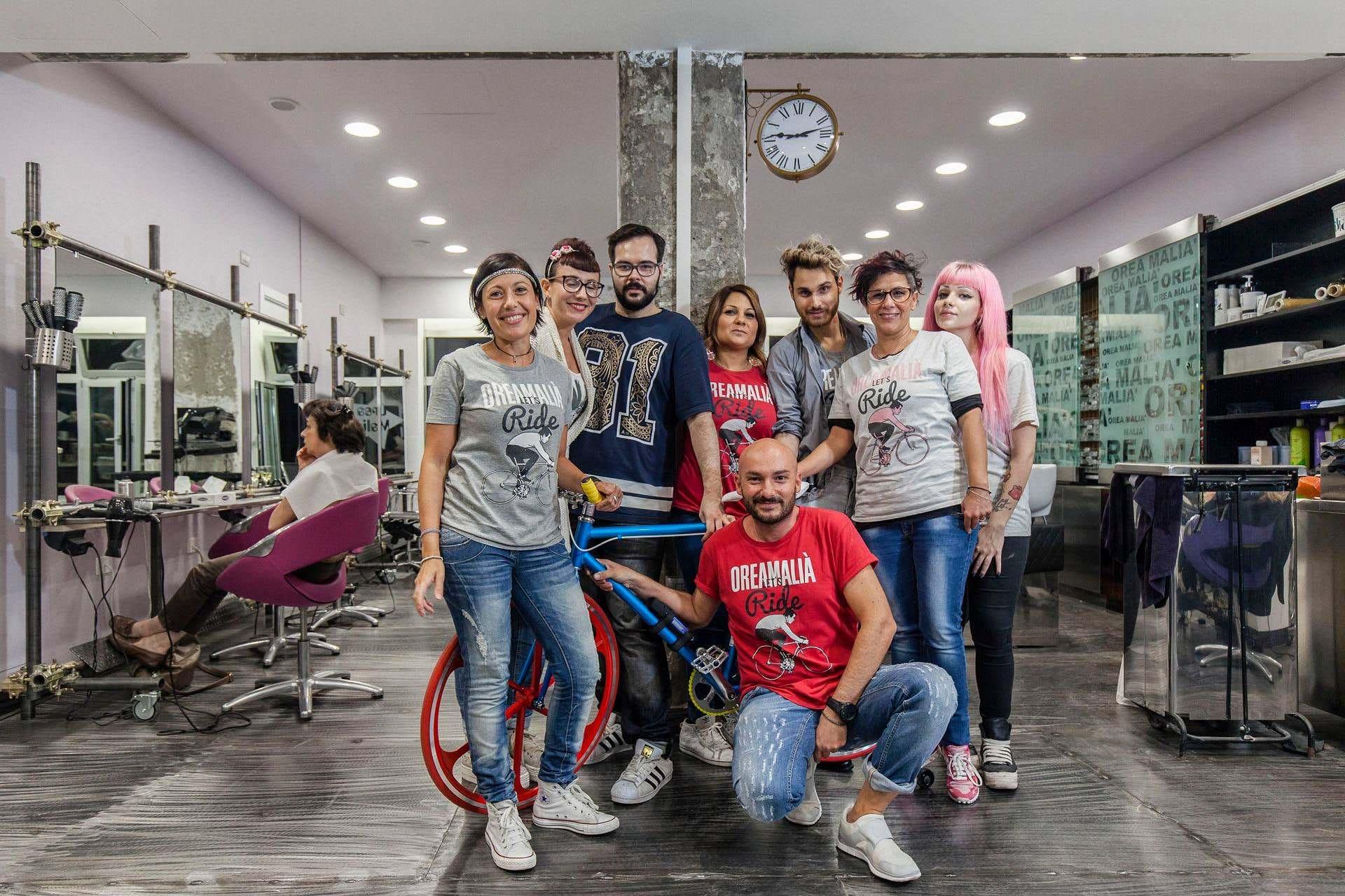 Foto del team del salone Orea Malià a Milano