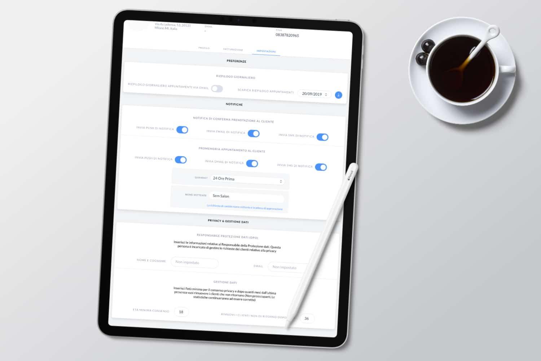 foto iPad e funzionalità notifiche gestionale Uala