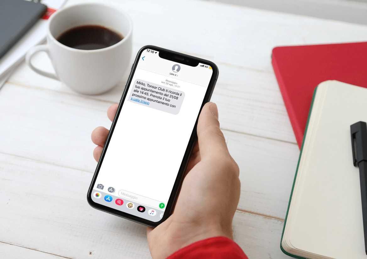Foto smartphone con testo sms